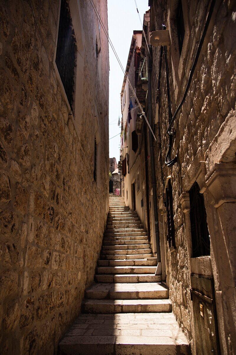Narrow stairway Dubrovnik